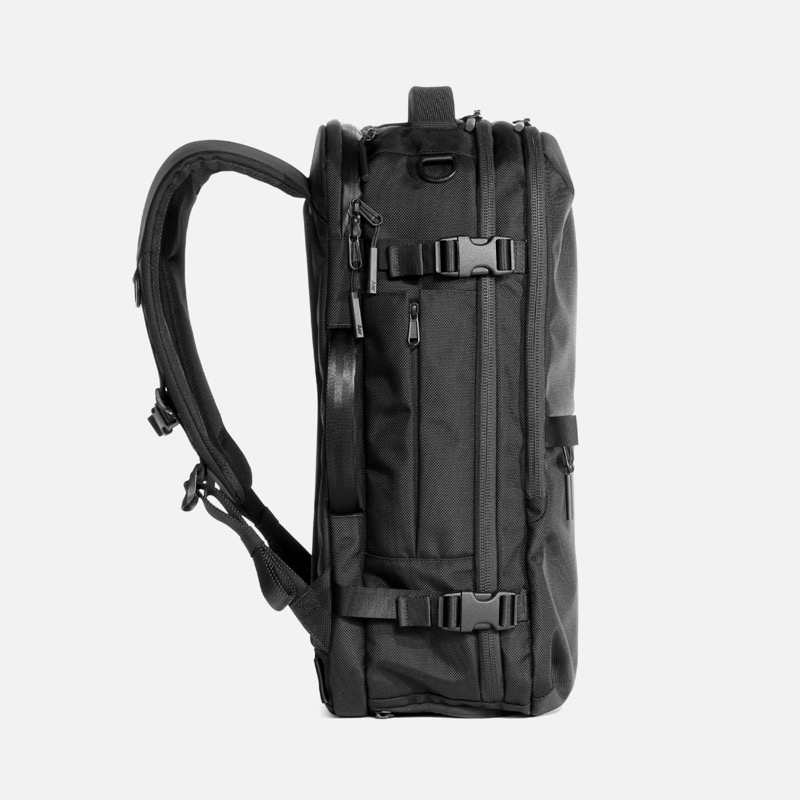 Aer Travel Pack 2.0 Pretty straight-forward, sleek looks and really solid materials.