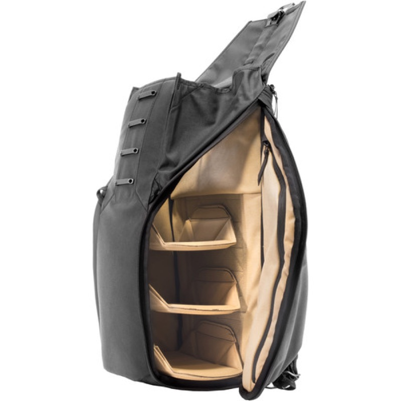Peak Design Everyday Backpack Inner separators are removable and customizable. Very interesting layout options here.