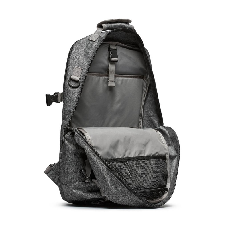 DSPTCH Daypack Simple insides. Nice tall, narrow inner cavity shape.