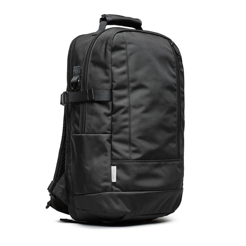 DSPTCH Daypack Simple, utilitarian but not unstylish aesthetic.