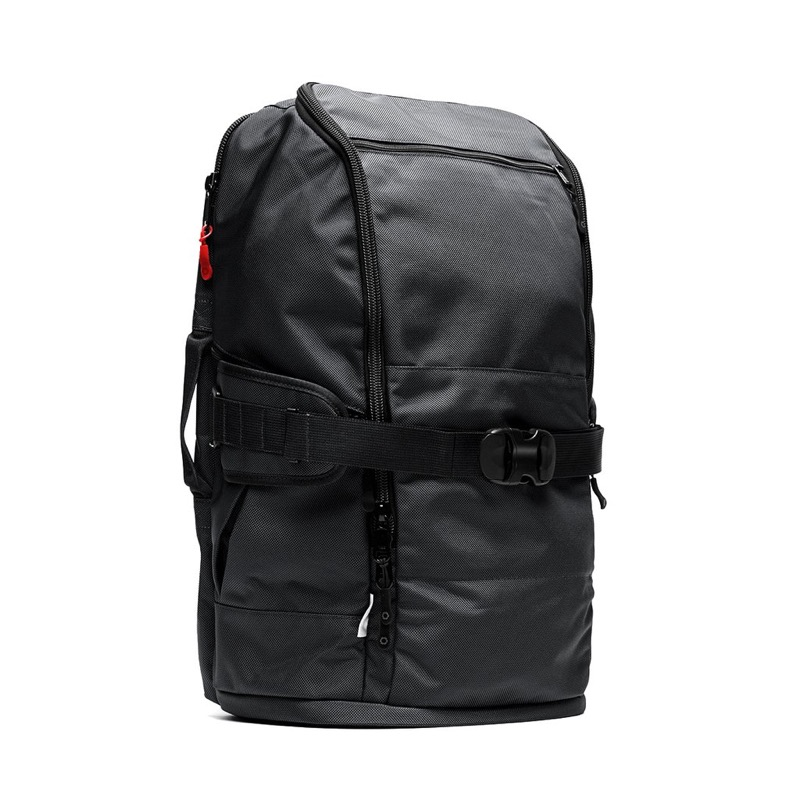 DSPTCH Travel Pack Understated, simple, utilitarian aesthetics. Dig it.